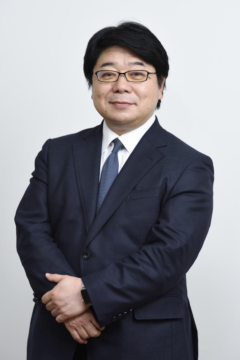 真田 茂人